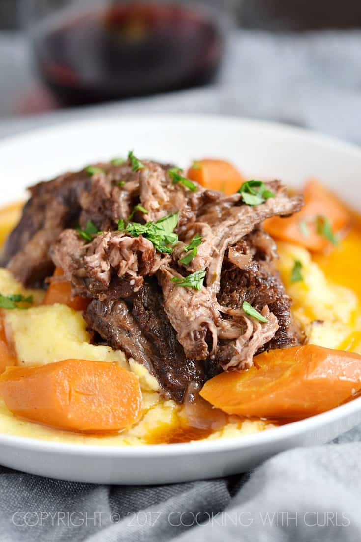 Instant Pot Wine Braised Beef Short Ribs with Creamy Parmesan Polenta | COPYRIGHT © 2017 COOKING WITH CURLS