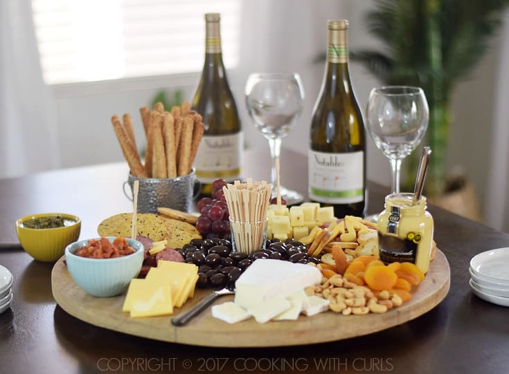 Msg 4 21+ The Ultimate Appetizer Board to pair with #Chardonnay cookingwithcurls.com #Chardonnation #ad #NotableHoliday