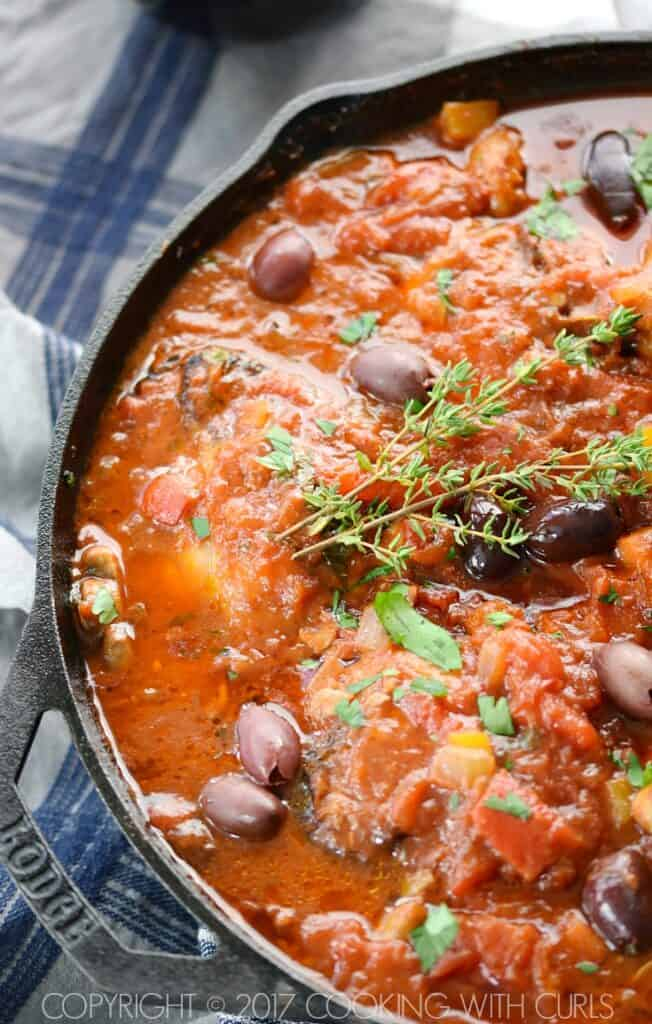 This simple, rustic Skillet Chicken Cacciatore will become a family favorite with it's vibrant flavors and fall off the bone deliciousness! COPYRIGHT © 2017 COOKING WITH CURLS
