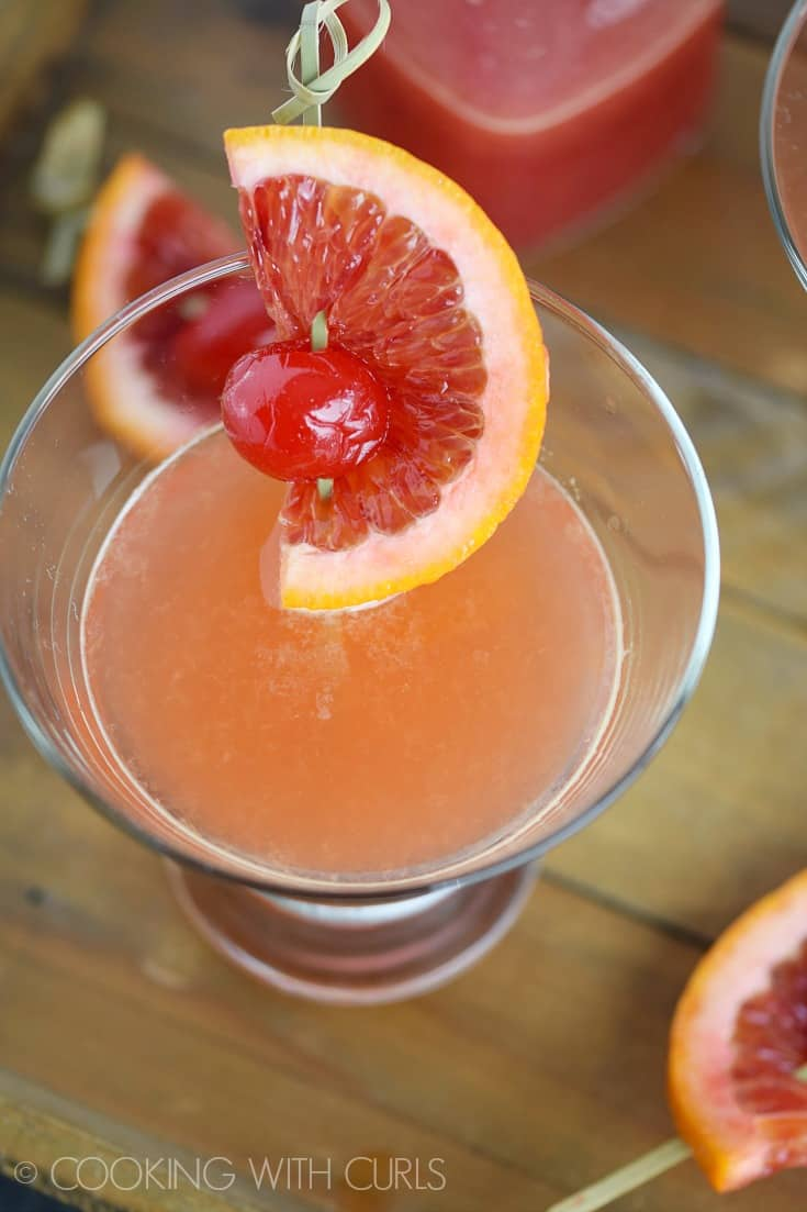 Blood Orange Martinis © COOKING WITH CURLS