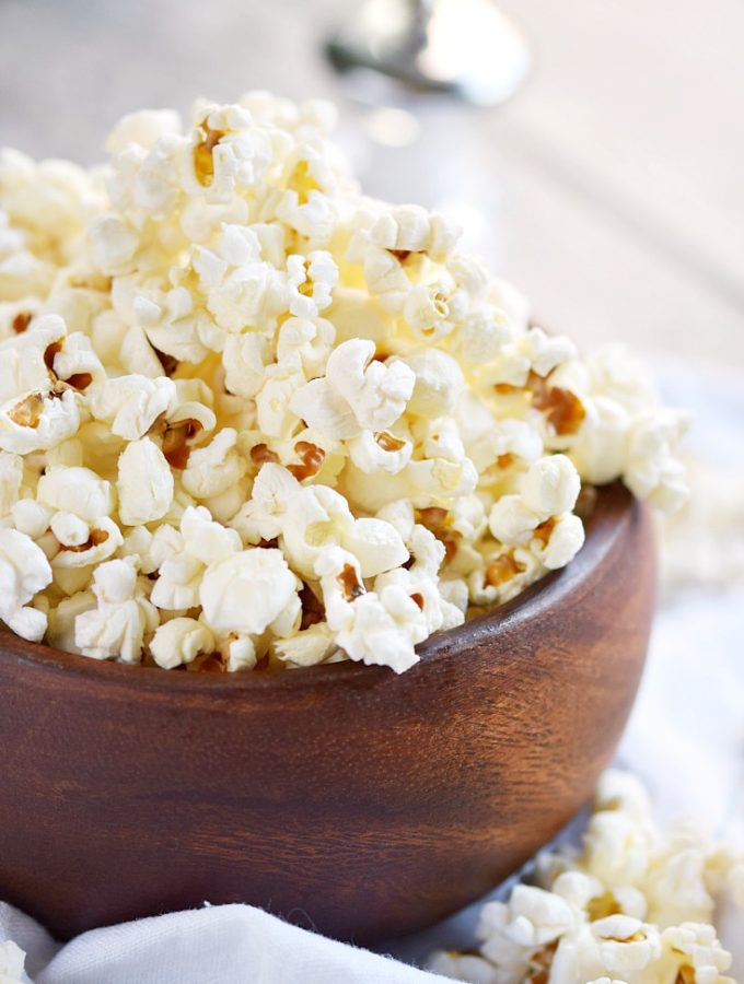 Skip the microwave and make this easy Instant Pot Popcorn instead! © COOKING WITH CURLS