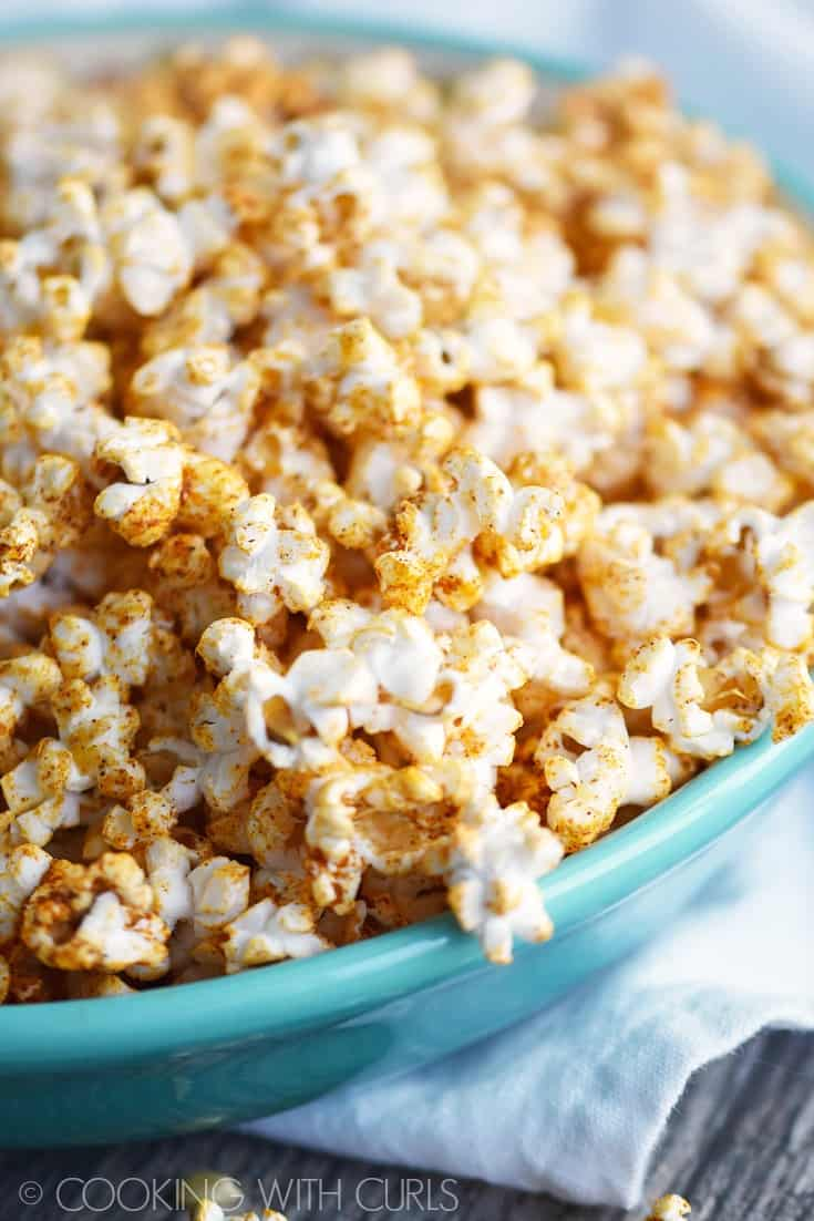 Taco Popcorn © COOKING WITH CURLS