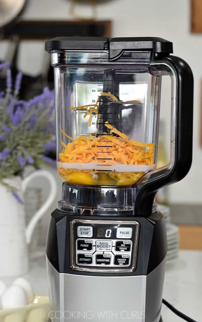 Blend the eggs, milk, and cheese together in a blender © COOKING WITH CURLS
