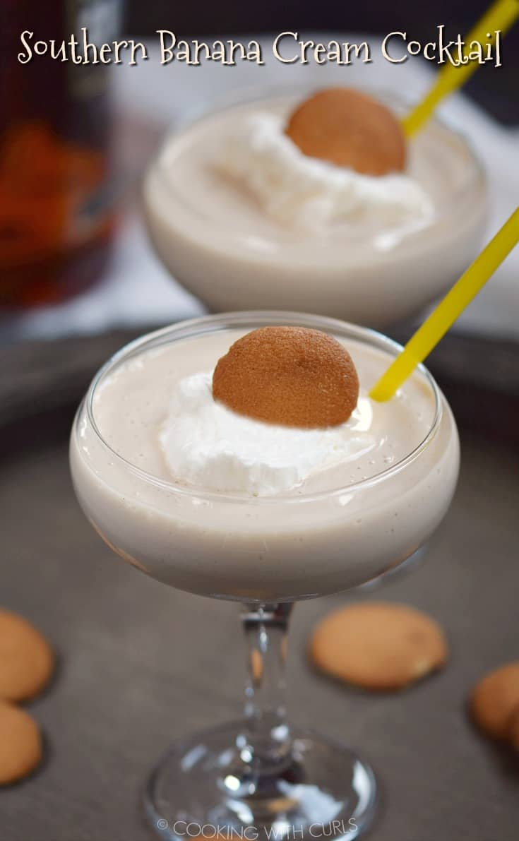 Sometimes you need a creamy, decadent Southern Banana Cream Cocktail for dessert, trust me!! #cocktail #dessert #southerncomfort