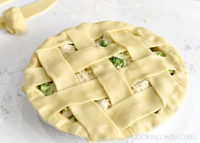 Create a lattice top with seven strips of dough cookingwithcurls.com